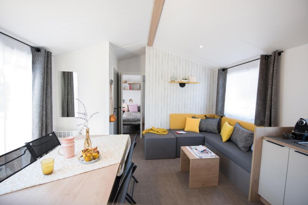 Location-mobil-home-avec-cuisine-equipe-saint-jean-de-monts-Le-Tropicana
