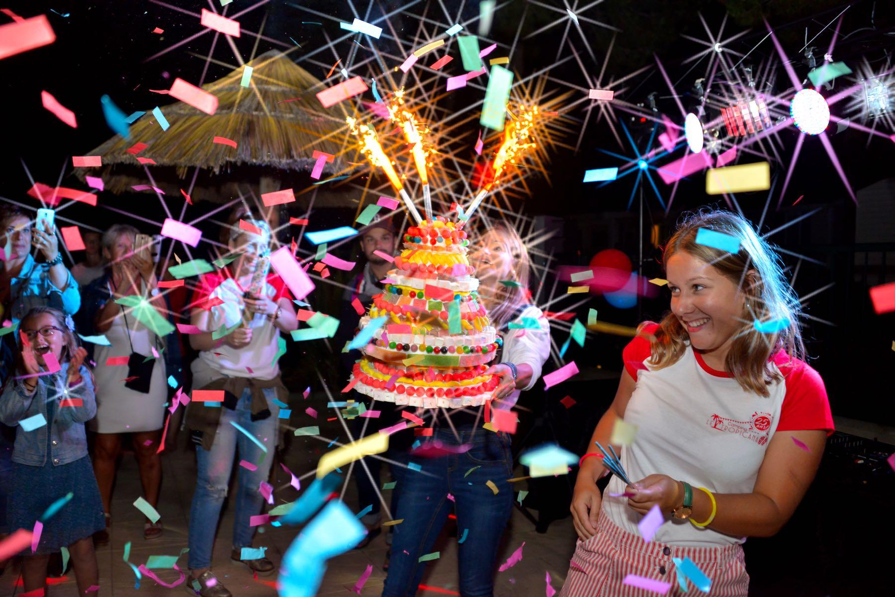 camping-vendee-saint-jean-de-monts-challenge-verjaardagsfeestje-Le-Tropicana