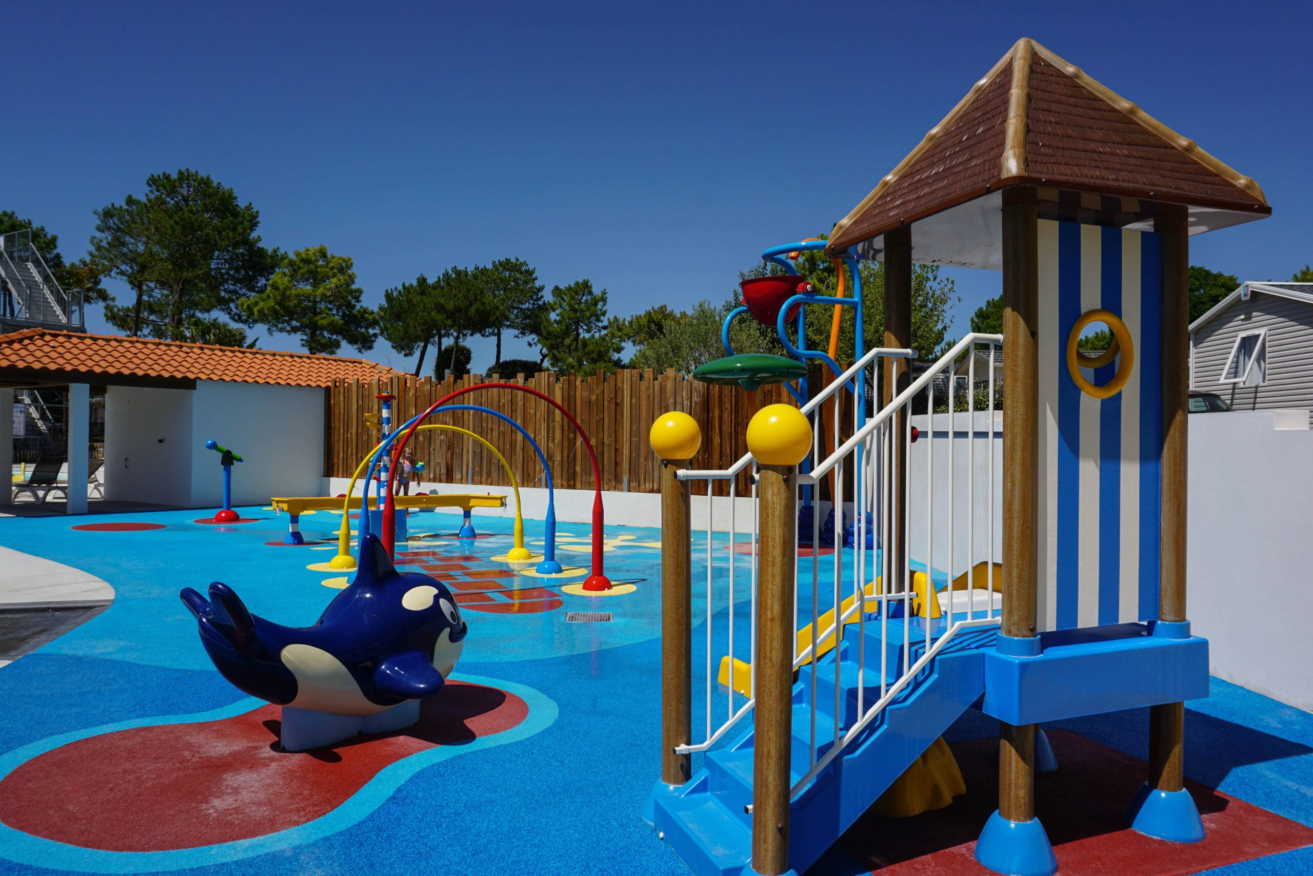 camping vendée 5 étoiles avec espace aquatique pour enfants Le Tropicana