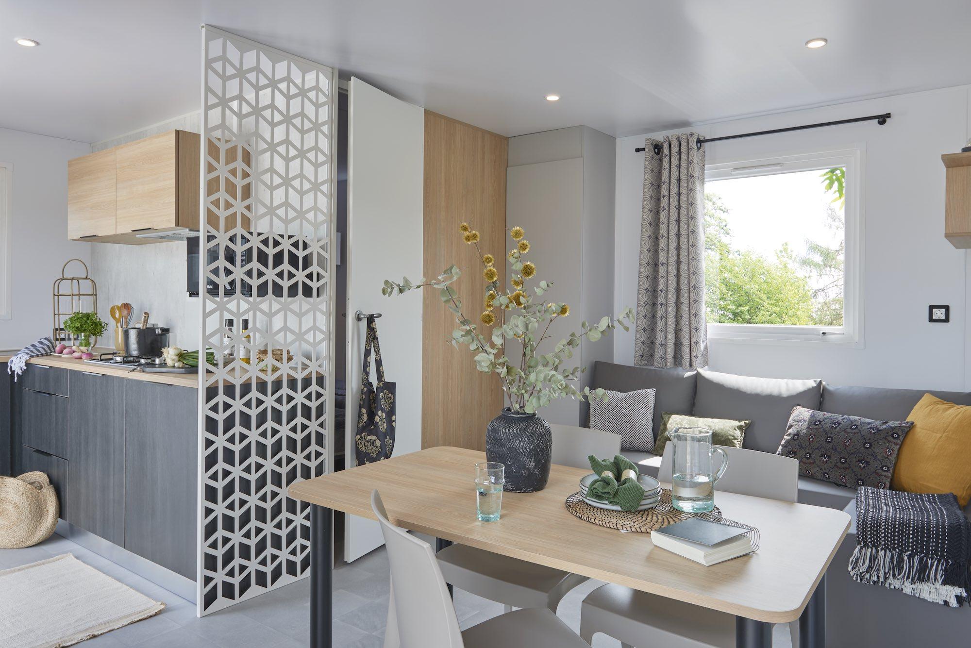 Location-mobil-home-grand-confort-2-chambres-camping-saint-jean-de-monts-Le-Tropicana