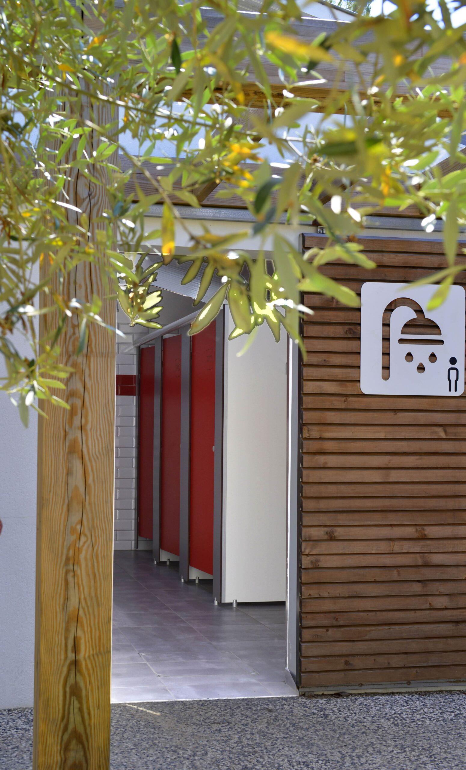 Sanitary-camping-comfort-saint-jean-de-mont-le-tropicana